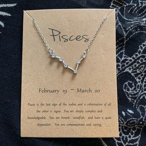 NWT Zodiac Necklace Pisces